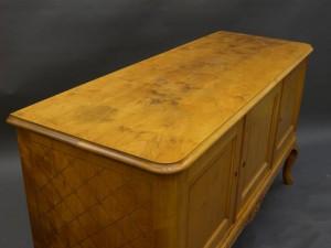 Omlackering av möbler