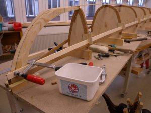 Bygga kajak med granribb.