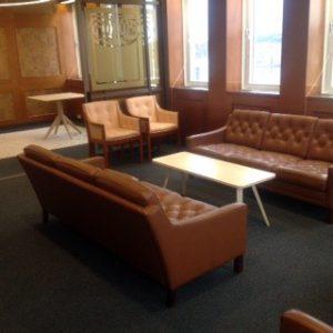 Återbruk av möbler