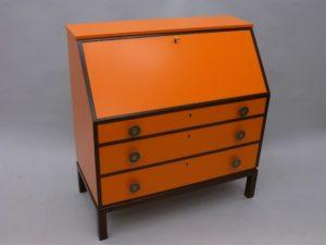 Renovering av möbler.