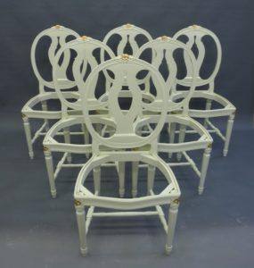 Sprumåla stolar