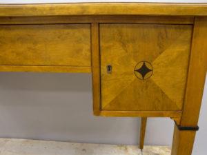 Renovera möbler med repor
