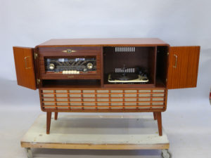 Renovera radiogrammofon